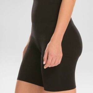 Assets Spanx Women's Remarkable Results Shaper 1X